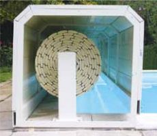 Vue en coupe banc pvc volet roulant piscine