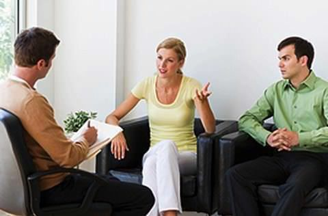 Los psicólogos de pareja del Centro R&A Psicólogos ofrecen distintos enfoques de terapia de pareja en el Disitro Federal. Ofrecemos psicoterapia especializada para problemas de parejas. Conoce los distintos tipos de terapia para pareja, sistémica de pareja, Terapia Cognitivo-conductual. Conócenos.Terapia para parejas.