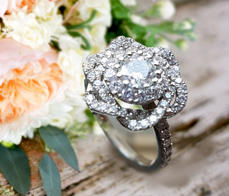 Linara Vintage Floral Style Diamond Pave Engagement Ring in 14k White Gold