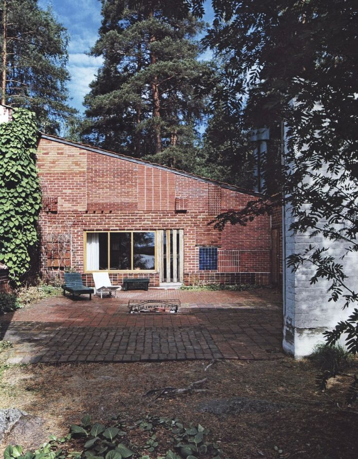 Alvar Aalto's personal cabin...experiments with brick patterns