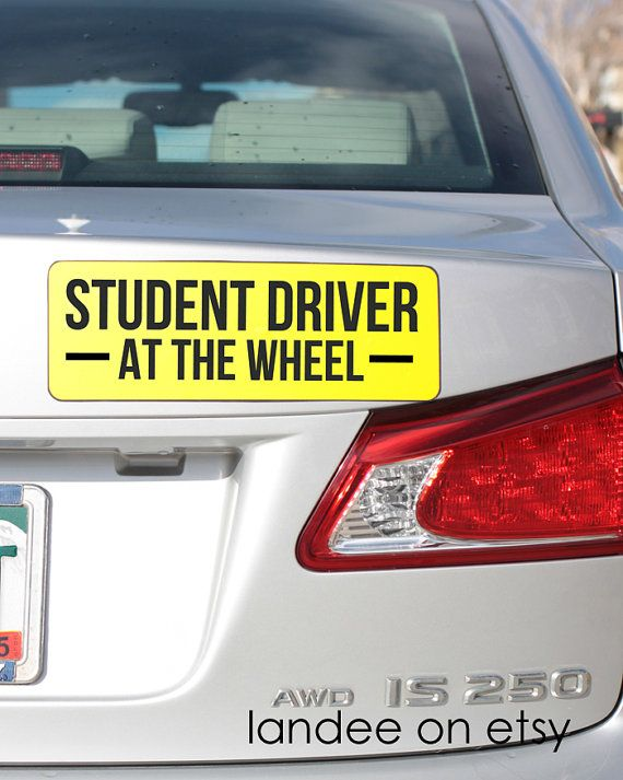 Keep everyone on the road safer while you teach your teen how to drive!! This magnetic car sign will alert those around you that you have a new driver behind the wheel! Cut down on frustration and make things safer by simply slapping this on the back of the car when you take your teenager