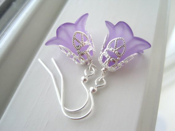Lucite Flower Earrings  Lucite Flower Jewelry  by Sparkleandswirl, $10.00