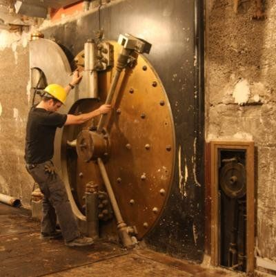 Old Chicago Federal Reserve Bank vault door - oldest known vault door in all of Chicago & 98 best Salvage and Demou0027s images on Pinterest | Chicago Building ... pezcame.com