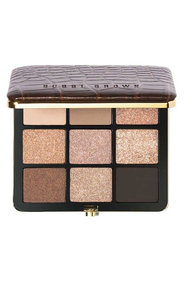 Love the sparkly and rich, bronzy metallics, rose golds and deep brown colors from this Bobbi Brown Eyeshadow palette.