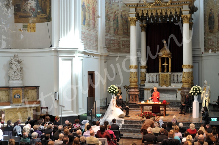 beautiful wedding ceremony in The Duif Amsterdam