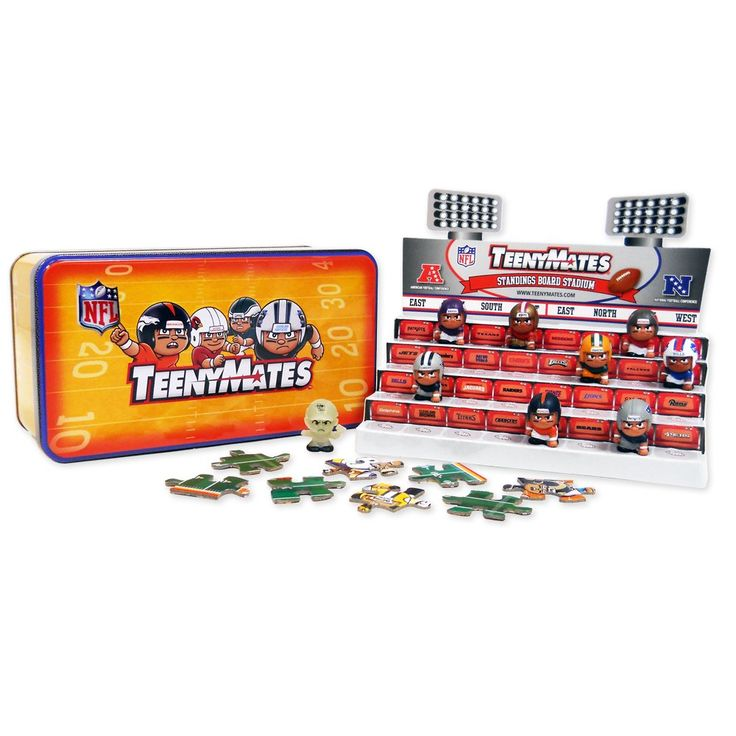 """TeenyMates NFL Series 5 Collector Tin. Includes NFL Standings Stadium Display, 4 blind packs & rare glow-in-the-dark coach. Each blind pack contains 2 random 1"""" Lineman figures and 2 double-sided puzzle pieces. Collect all 35 double-sided puzzle pieces to create a mini poster or football field. Handy collector's checklist makes it easy to keep track of your Teeny Mates collection. Display figures on the stadium display and rank teams using real-time NFL stats."""