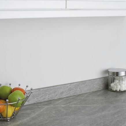 Grey Slate worktop large scale print | Kitchen worktops | Howdens Joinery