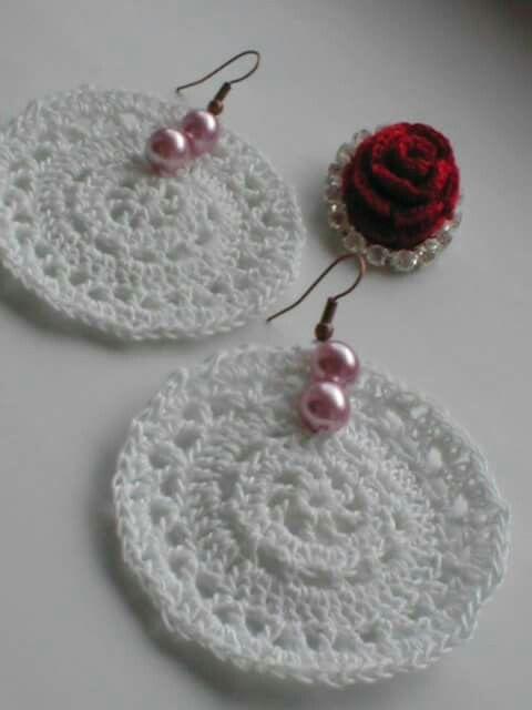 crocheted earrings by Babu Szabo....www.facebook.com/LAteliercrochelaceandroses