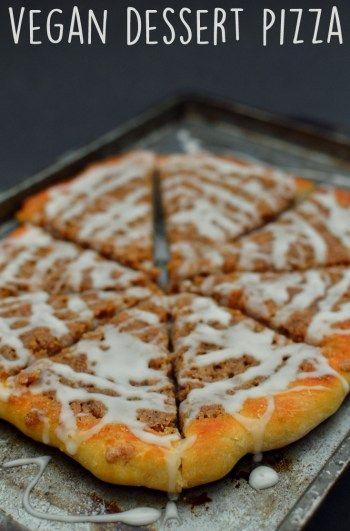 Pizza vegana de postre con migas de canela - Recetas veganas de pizza para fiestas - Rich Bitch Cook ...