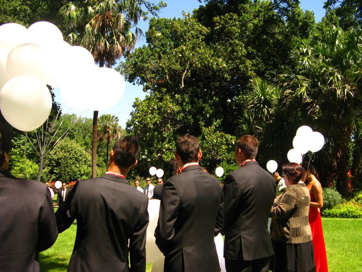 Balloon Ceremony... Contact me for marriage celebrant services in Australia..