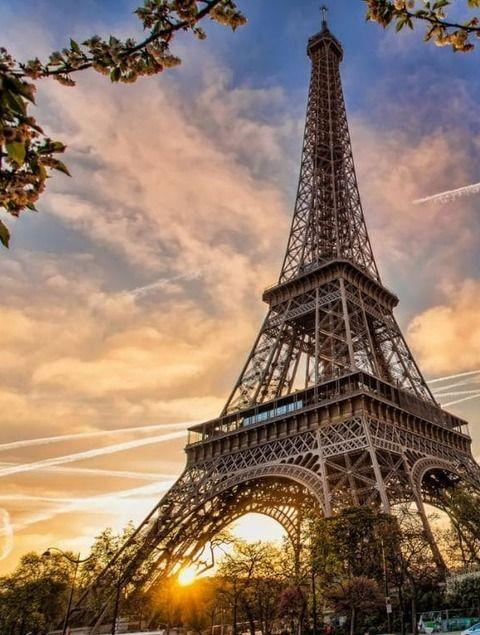 Oferte CityBreak 2018 in Paris, Barcelona si Lisabona!