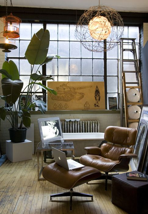 love everything about this. the eames. the organized clutter. the straight lines. the functionality and live-ability. stylish, attentive. (pinterest, you're impressing me)