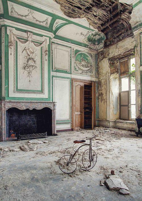 Abandoned place san don pinterest beautiful belgique et maisons abando - Maisons abandonnees belgique ...