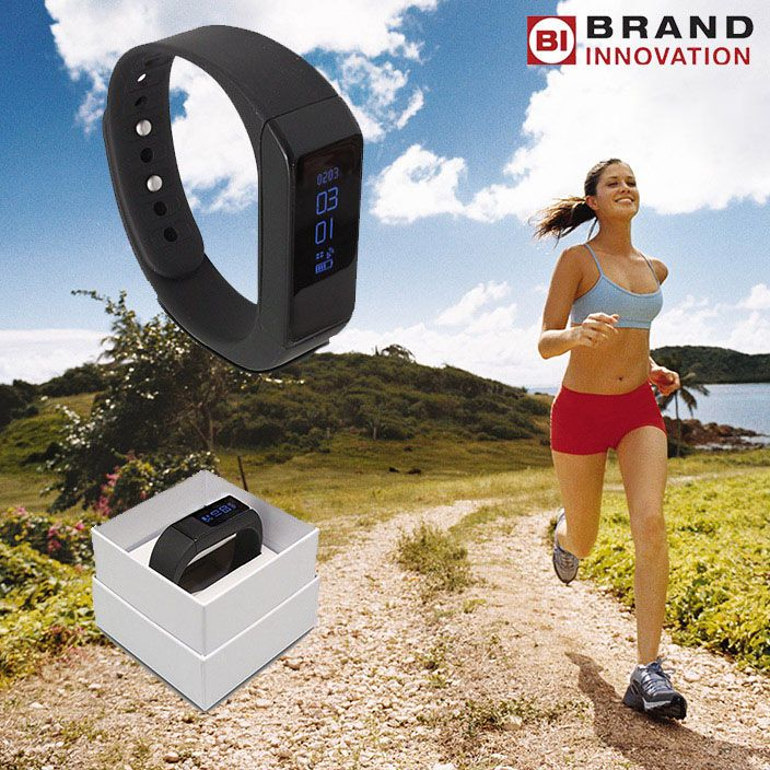 Fit Tracker to monitor your daily Exercise! A great new gadget that syncs with your iPhone or Android phone.   #fitbit #fittracker #gadgets #exercise #healthylifestyle