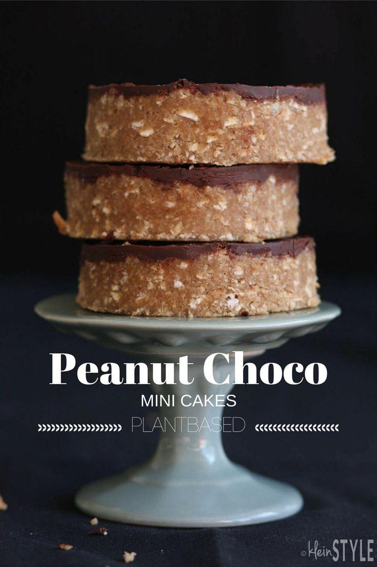 Peanut Choco Mini Cakes -plantbased  pic ©kleinstyle.com