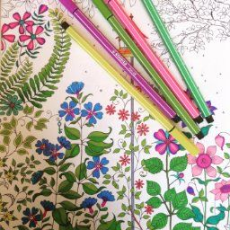 Art Therapy Colouring Book Ippocampo