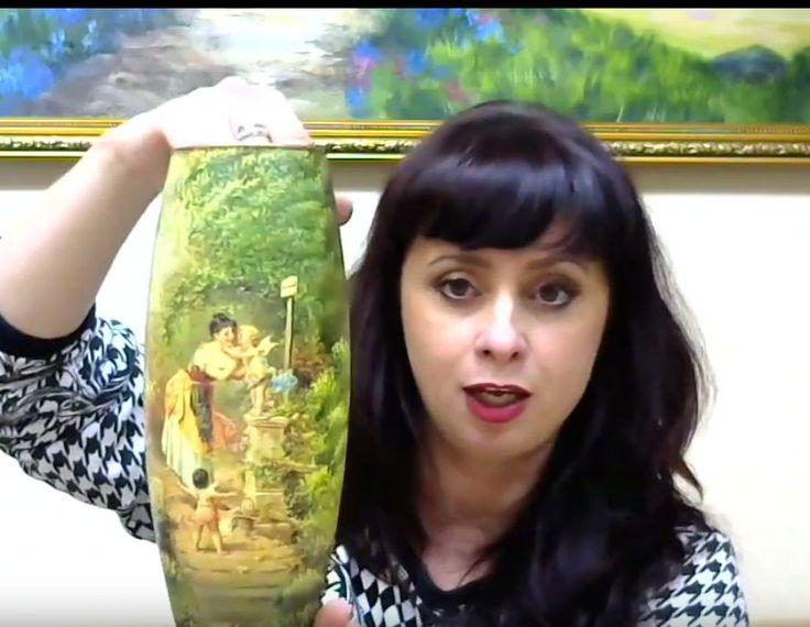 Валентина Сухова - мастер подрисовки высшей категории! И сегодня мы увидели это своими глазами, когда из обычной прозрачной вазы Валя создала живописную картину с двумя безупречно объединенными мотивами. Не пропустите запись: http://webinar.newdirections.ru/9166/room/629/ Так же у вас есть возможность создать своими руками живописную лампу, шкатулочку с имитацией коры дерева, мха и снега (пригодится перед Новым годом!), а так же научиться смешивать 155 оттенков из 5 основных цветов…