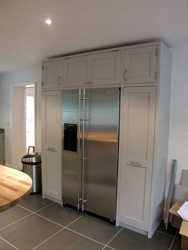 Kitchen Units Around American Fridge Freezer
