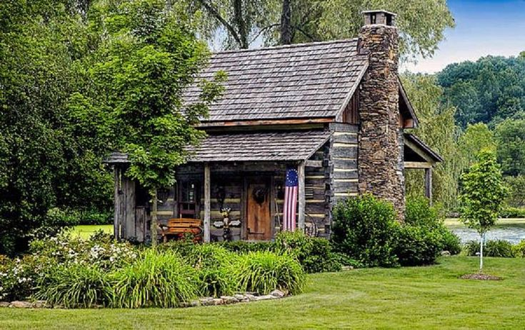 by Dave Mills - Old Paths w/a Twist of Time on FB... would love to own this little charmer on a lake... baking bread and making my homemade soups in winter and wonderful iced tea and salads in summer... I'm almost there... *~<3*Jo*<3~*