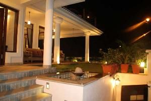 The villas has five bedrooms with living and dining room. It is fully furnished and has a common swimming pool, the property is located in a residential area. For more info contact: allproperty@devant.no #goa #india #villa #property #homes