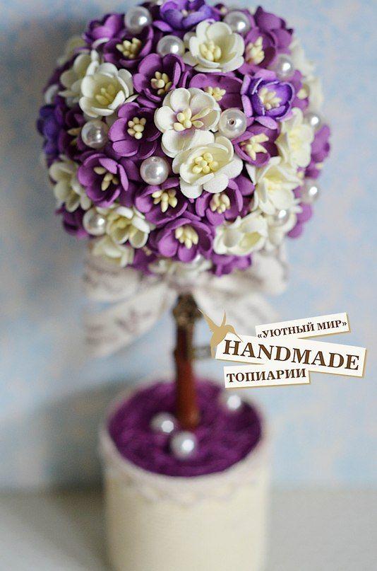 Топиарий Тайное желание выполнен из рукодельных цветов фоамиран японские матовые тычинки сливочно-ла... фото #3