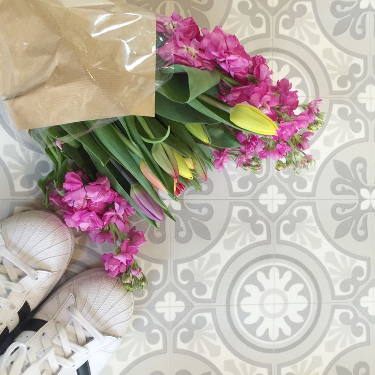 Pretty Floors Tulips and adidas trainers From the PaintSewGlueChew instagram feed.
