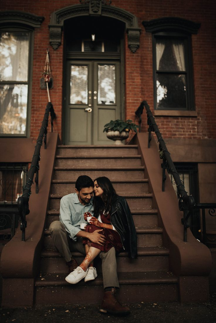 Mahtab Abdul Shot These Two Romantic And Moody Lovers The Day Before Their New York Wedding Surrounded By Couples City Pakistani Wedding Photography Photo