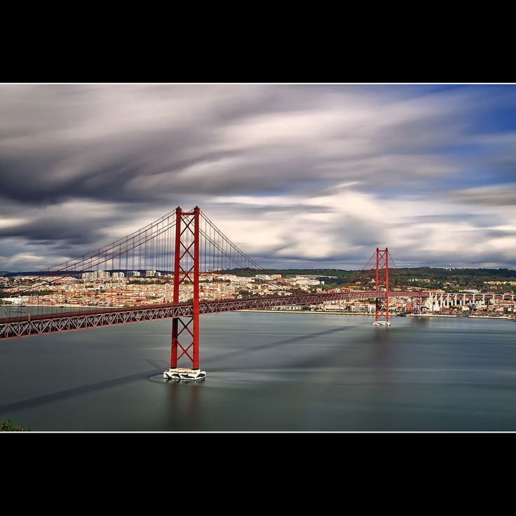 Puente 25 de Abril - Lisboa by César Vega on 500px