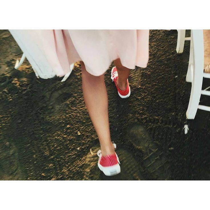 Happy feet! #thefbox #thefboxstyle #superga #supergagreece#supergalovers #Regrann from @marielkou