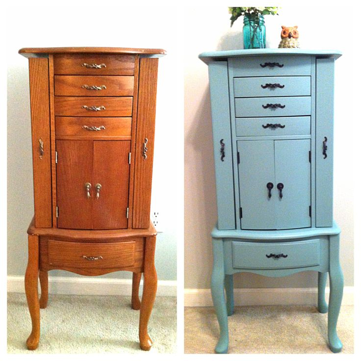 DIY: Jewelry Armoire redo- painted in Valspar Patina Blue but color matched to SW Proclassic & hardware spray painted oil rubbed bronze.