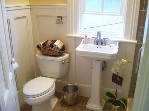 14 best images about wainscoting on pinterest for Different types of bathroom designs