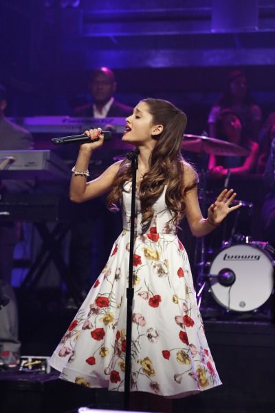 Ariana Grande Out and About!Ariana Grande performs on Late Night with Jimmy Fallonin a vintaged inspired dress.Photo: Getty Images