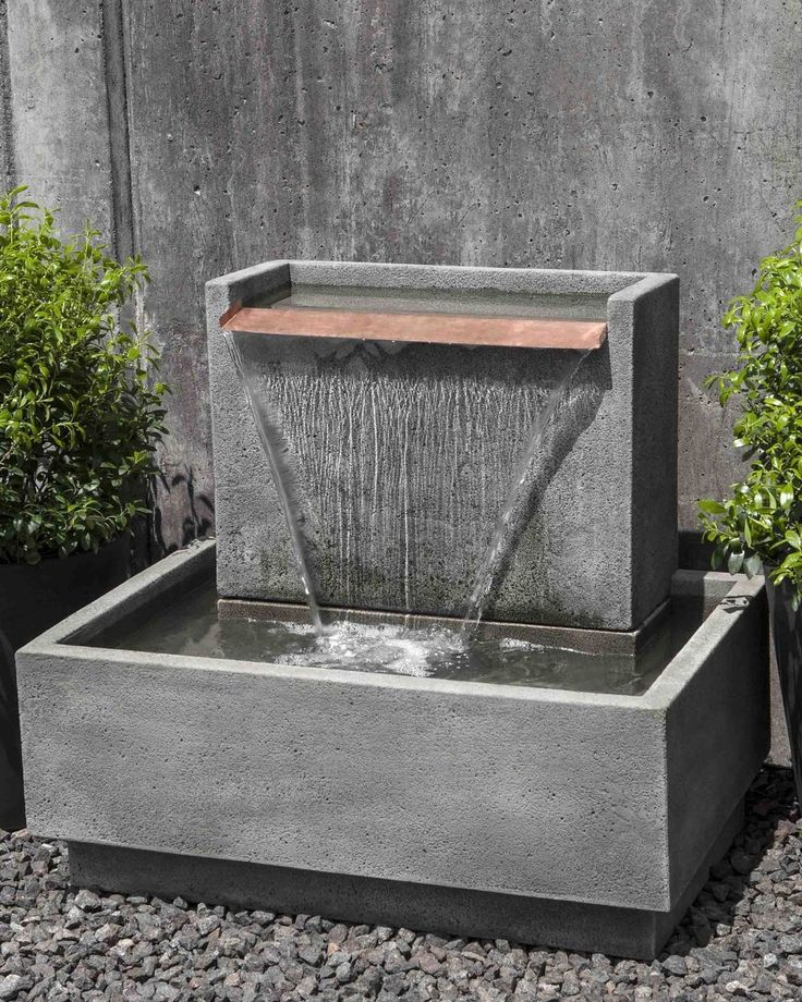 A cutting-edge and modern designed fountain that will make the perfect statement in any yard. This contemporary piece of art is made of strong and dependable cast stone concrete with a sleek copper sp
