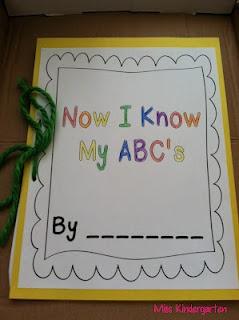Miss Kindergarten: A-Z Crafts!: Alphabet Idea, Letters Crafts, A Z Crafts, Kindergarten Crafts, Schools Idea, Miss Kindergarten, Book Covers, Abc Book, Alphabet Book