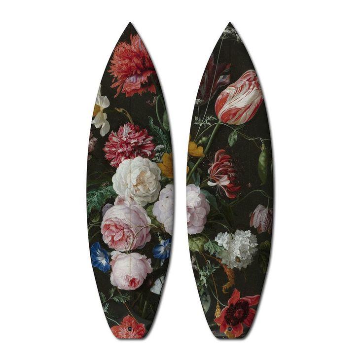 La storia dell'arte su una tavola da surf