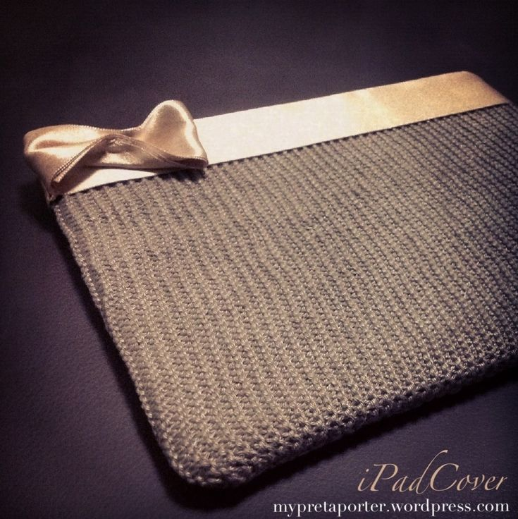 knitted iPad Cover...