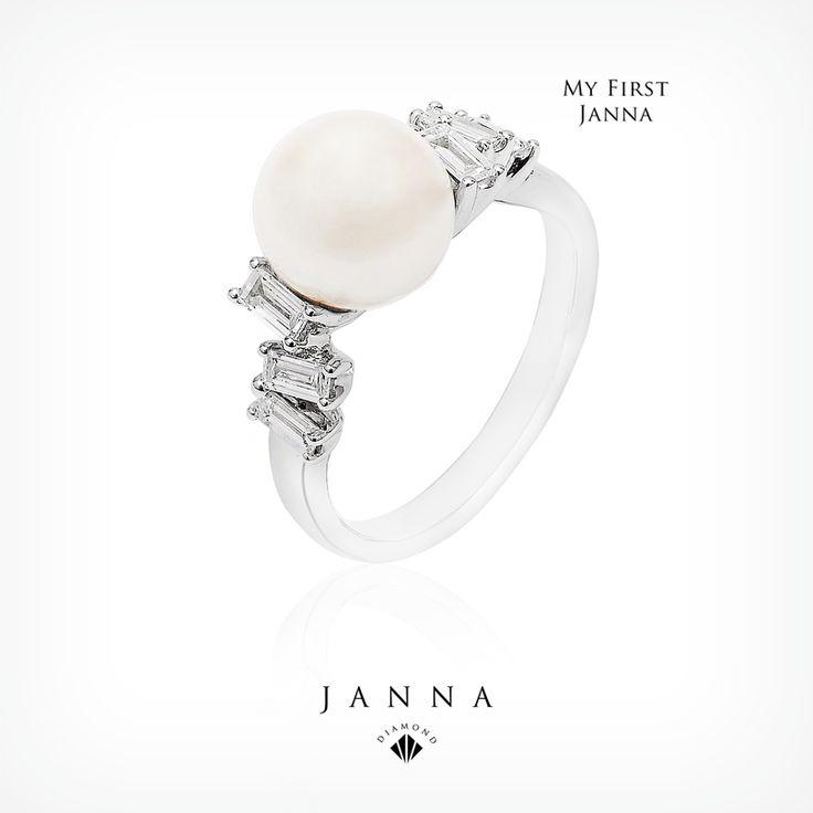 Sadeliğin zarafeti... İlk Janna'nız ile! The elegance of simplicity... With your first Janna! www.janna.com.tr
