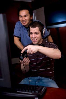 Si vous n'êtes pas programmeur, mais que vous souhaitez créer votre jeu vidéo, des logiciels très accessibles vous aident. Ils permettent de réaliser des jeux de rôles, de combats ou d'actions en 2D et 3D. Game Develop. Game Develop...