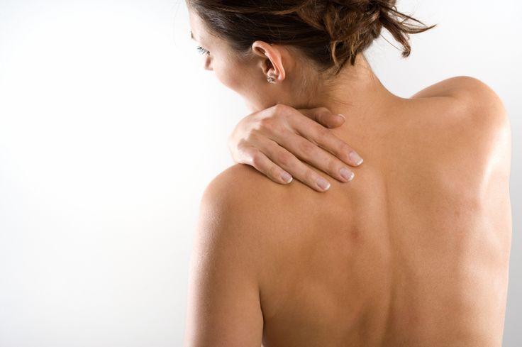 L'arthrose est une maladie des articulations qui provoque la dégradation du cartilage. Genou, hanche, épaule, main, colonne vertébrale... Toutes peuvent être touchées. Comment la reconnaître ? Réponses de Medisite avec le Pr Bernard Cortet, rhumatologue au CHRU de Lille.