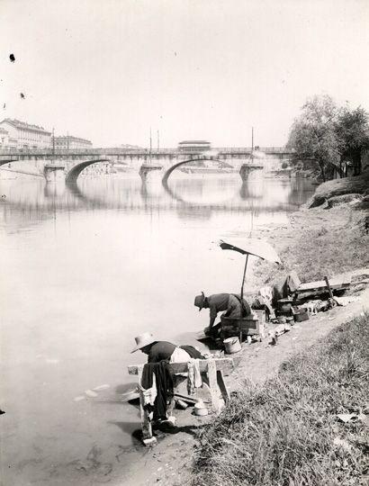 Mario Gabinio: Torino, lavandaie sul Po, sponda destra a monte di ponte Vittorio Enamuele I - 1930 ca