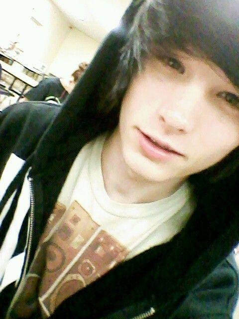 Brandon Arizona (: Jesus I can stare at him for hours <3