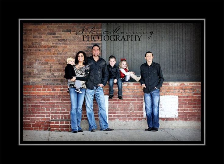 Family pose for family with older child/children AND much younger child/children.