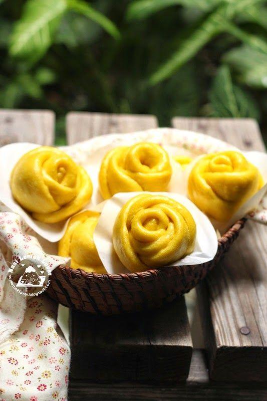 Nasi Lemak Lover: Pumpkin Rose Buns 南瓜玫瑰形馒头