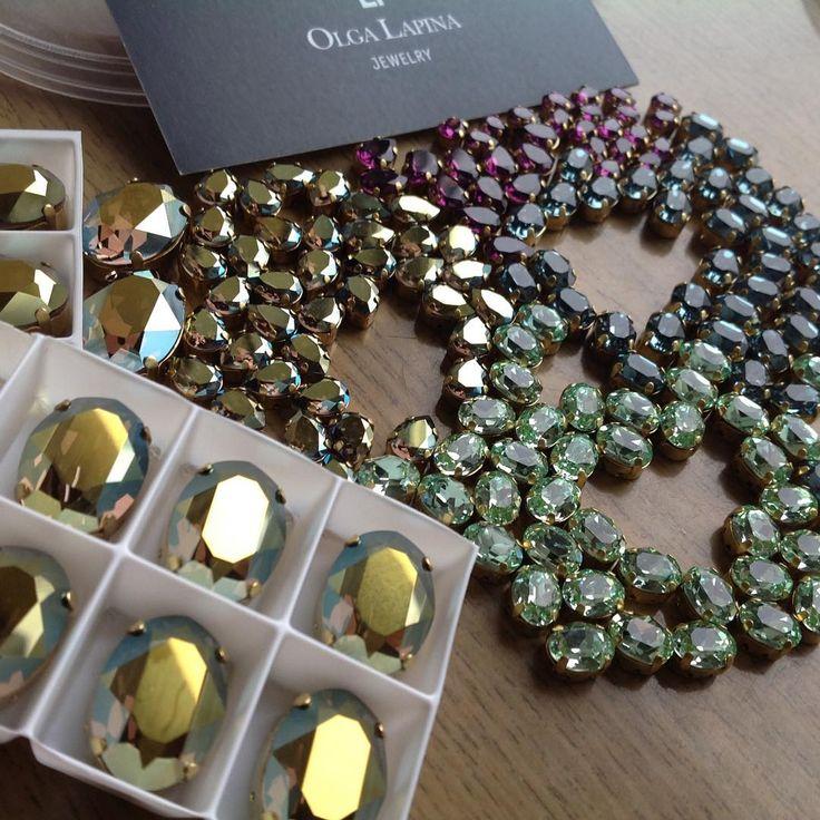 Ура!Приехали мои кристаллы от замечательной Ольги @swlapina888 Самое замечательное,что они все уже в цапках🤗😘 Подготовка к зимним мк идет полным ходом👌😜