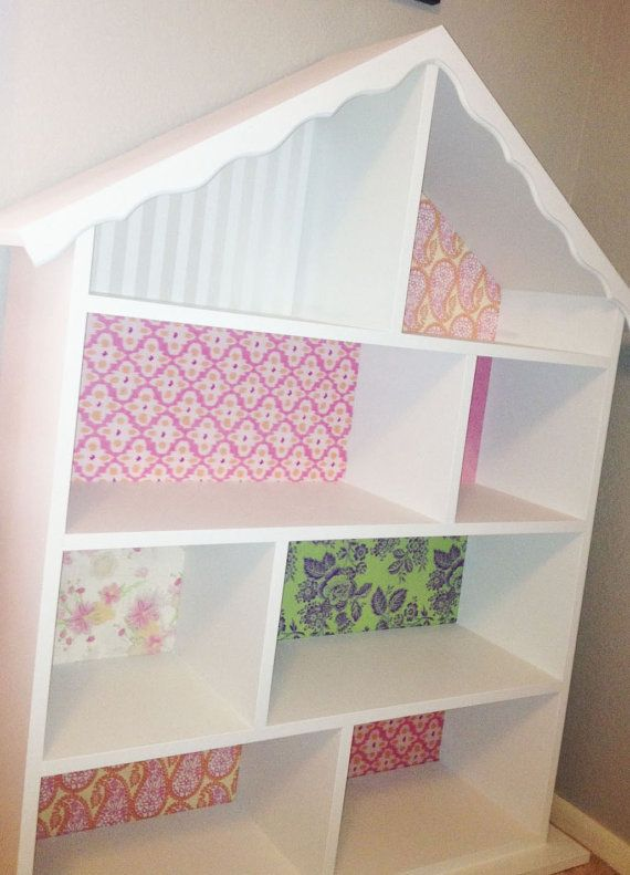gorgeous.  use scrapbooking paper as exciting wall paper and felt for the carpet or rugs