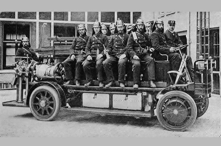 1909 1921 Mercedes koolzuur spuit Brandweer station 03
