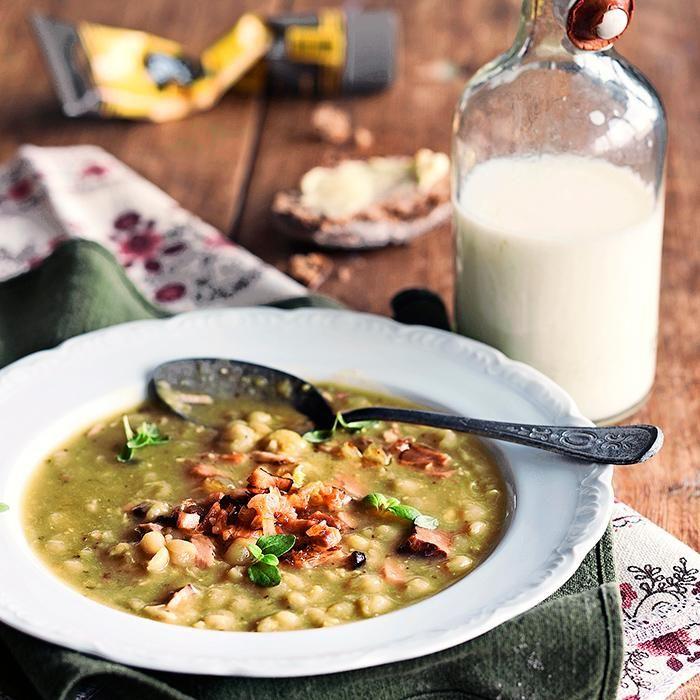 Traditional Finnish pea soup // www.maku.fi