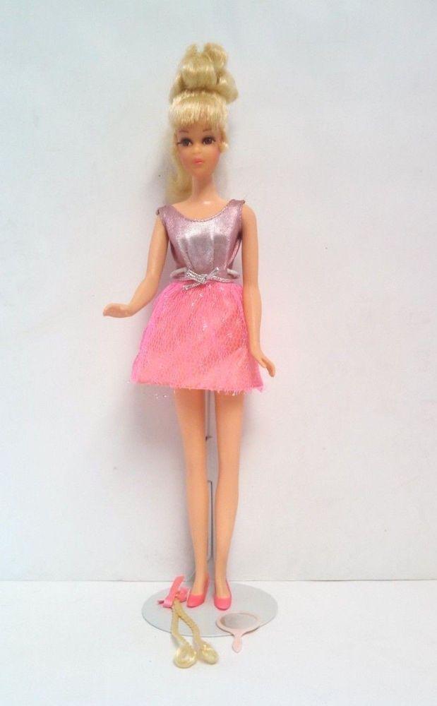 Vintage Barbie Growin Pretty Hair Francie Doll With Original