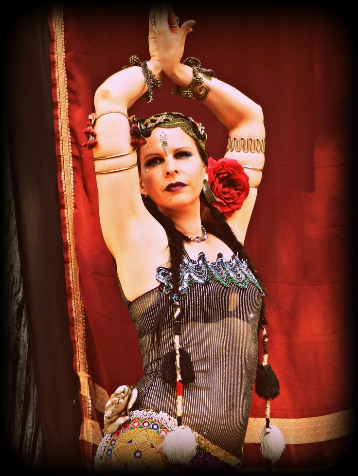 Amy Danielson of The Gypsy Kiss and The Belly Lab  http://www.thegypsykiss.com/photo-gallery.htmlTribal Bellydance