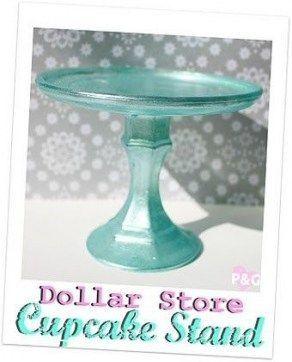 20 idées de douche de bébé à la mode sur un porte-gâteaux Budget Stores Dollar Stores